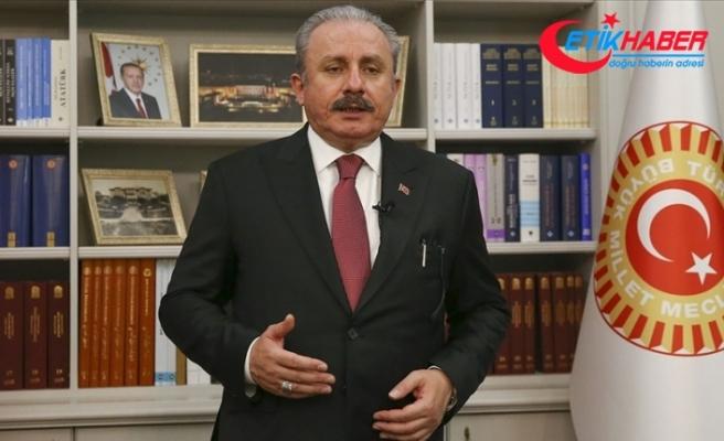 Şentop: Meclisimiz tam bir ittifakla, 2021'in, 'İstiklal Marşı yılı' olması için imzaya açtığımız teklifi kabul etmiştir
