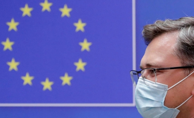 """Ukrayna Dışişleri Bakanı Kuleba: """"Rus aşısı, bizim için hibrit silahlarından birisi"""""""