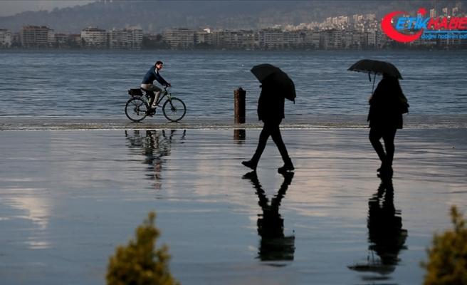 İstanbul'da öğleden sonra hafif yağmur bekleniyor