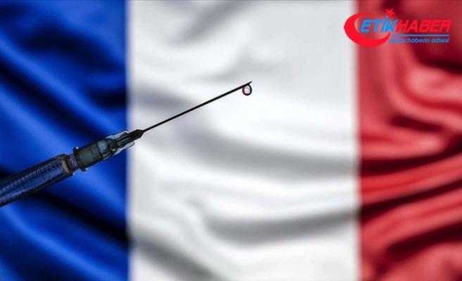 Fransa'nın Kovid-19 aşı kampanyasındaki yavaşlığı alay konusu oldu