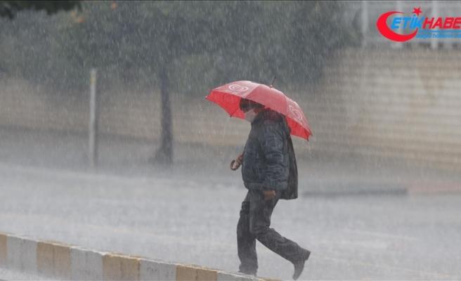 İstanbul'da öğleden sonra sağanak yağışın etkili olması bekleniyor