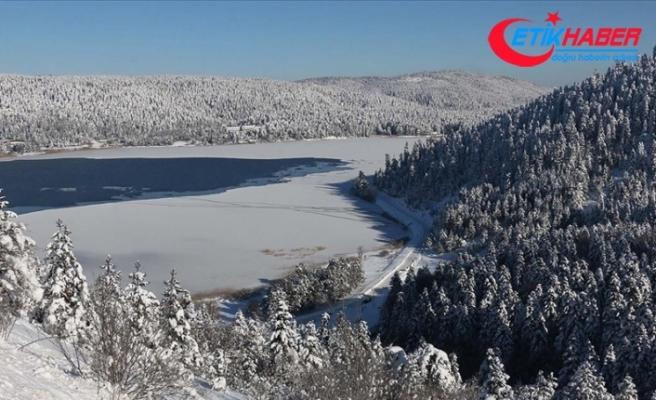 Kar yağışı Abant ve Kartalkaya'ya ilgiyi arttırdı