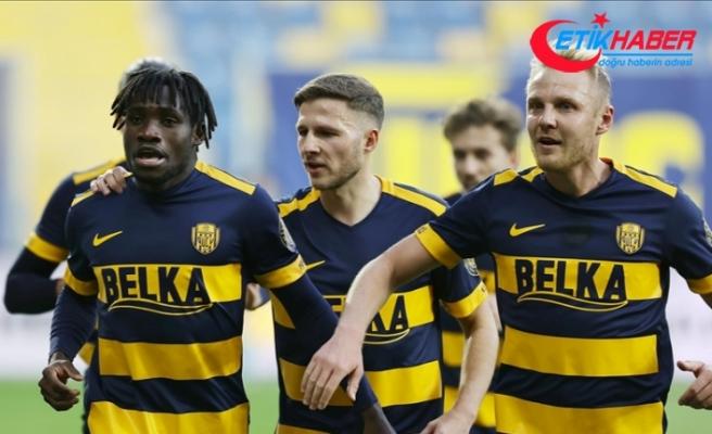 MKE Ankaragücü üç puanı 3 golle aldı