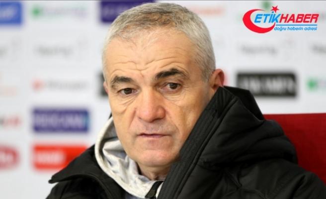 Rıza Çalımbay, Beşiktaş maçında yaşananları değerlendirdi: Hakemlerin daha dikkatli olması gerekiyor