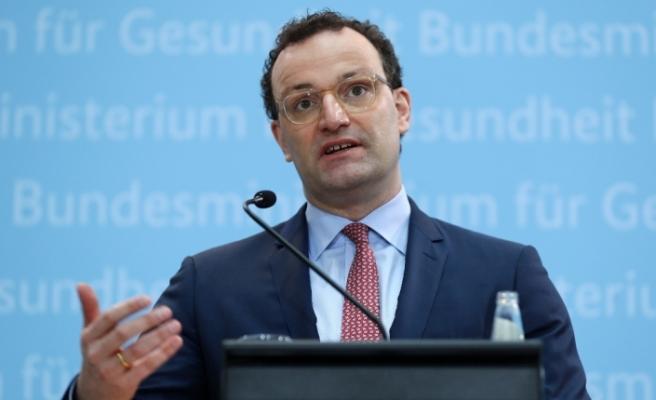 Almanya Sağlık Bakanı Spahn'dan endişelendiren mutant virüs açıklaması