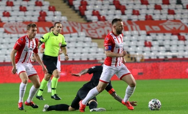 Antalyaspor yenilmezlik serisini 9 maça çıkardı