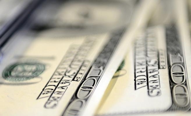 Dolar 8,2740 liradan, euro ise 9,7420 liradan güne başladı