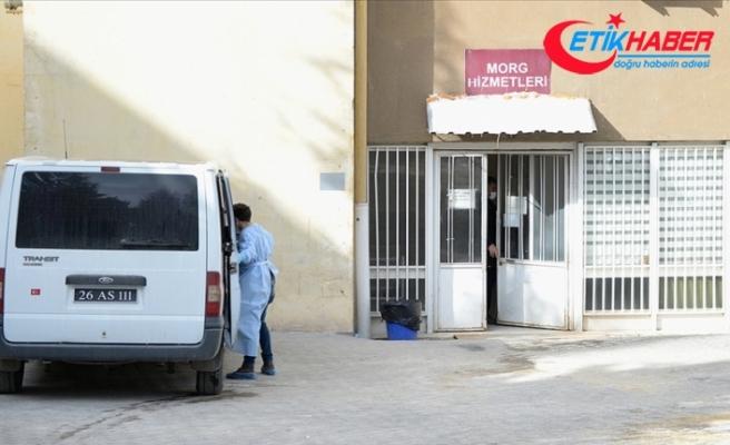 Eskişehir'de karı koca ve 4 yaşındaki çocuklarının evlerinde ölü bulunmasıyla ilgili 3 kişi gözaltına alındı