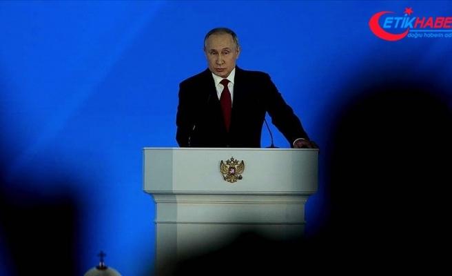 Putin, Rus muhalif Navalnıy'ın ekonominin kötü olduğu bu dönemde kullanıldığını savundu