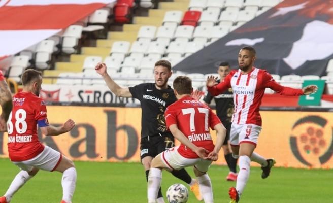 Süper Lig: FT Antalyaspor: 1 - Yeni Malatyaspor: 1 (Maç sonucu)