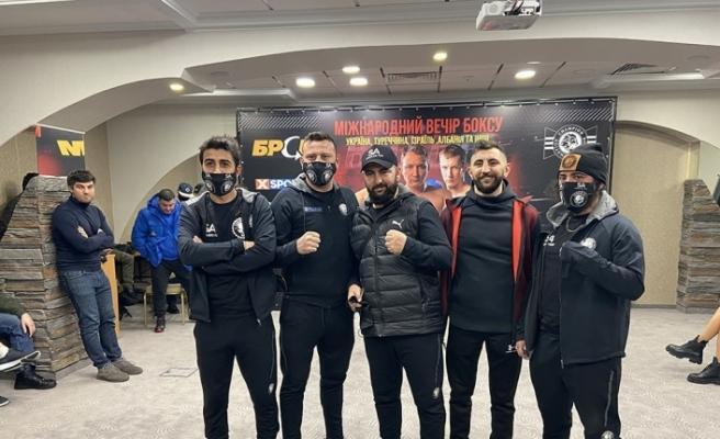 Türk boksörün rakibi korona virüse yakalandı maç ertelendi