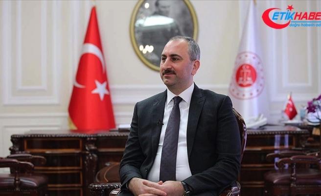 Adalet Bakanı Gül: Bugün yeni ve sivil anayasa çalışmaları için milat
