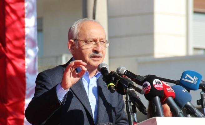CHP Genel Başkanı Kılıçdaroğlu, Sinop Belediyesi önünde vatandaşlara hitap etti:
