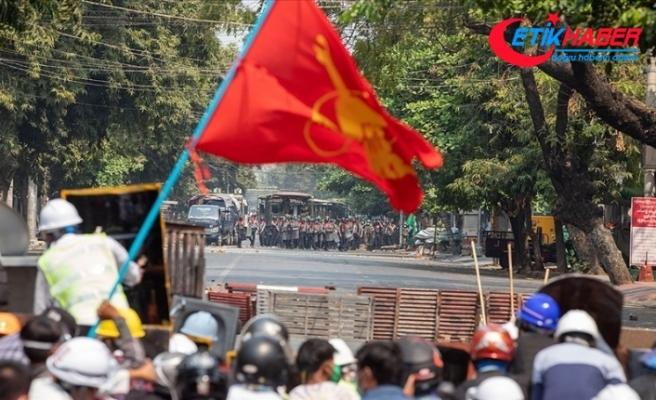 Myanmar'da ordu sözcüsü Tun: Protestolardaki can kayıplarından dolayı üzgünüz