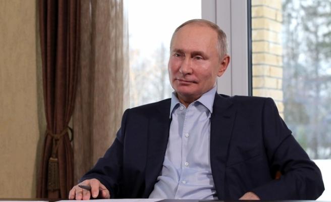 """Rusya lideri Putin: """"Rusya, Afrika'ya aşı tedarikine devam edecek"""""""