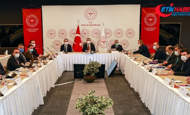 Sağlık Bakanı Koca, İstanbul'daki sağlık yöneticileri ve başhekimlerle görüştü