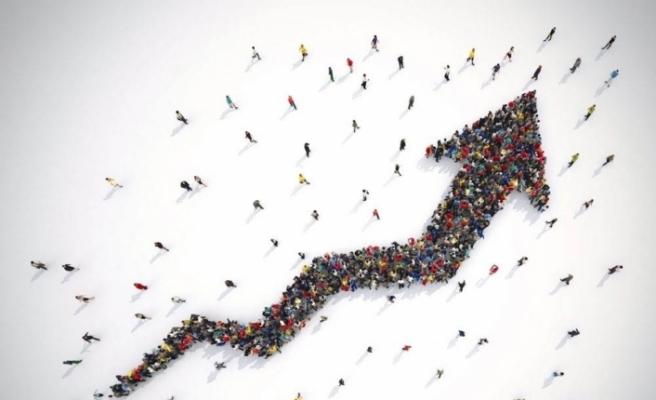 Türkiye'de yaşlı nüfus 10 yılda yüzde 49,3 arttı