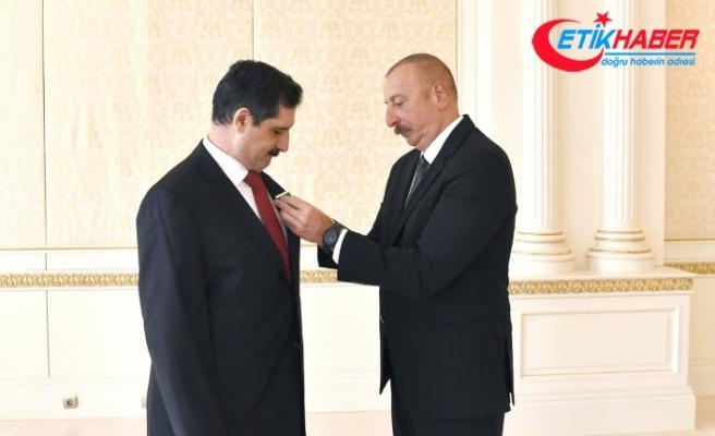 Aliyev'den görev süresi dolan Büyükelçi Erkan Özoral'a Dostluk Nişanı