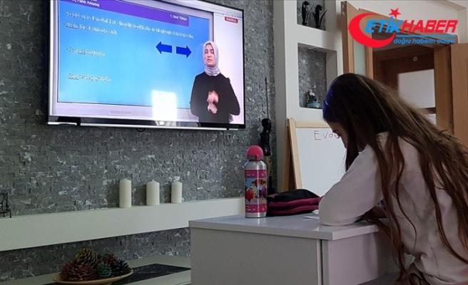 Ankara'da 5, 6, 7 ile lise hazırlık 9, 10, 11. sınıflarda tam zamanlı uzaktan eğitime geçilecek