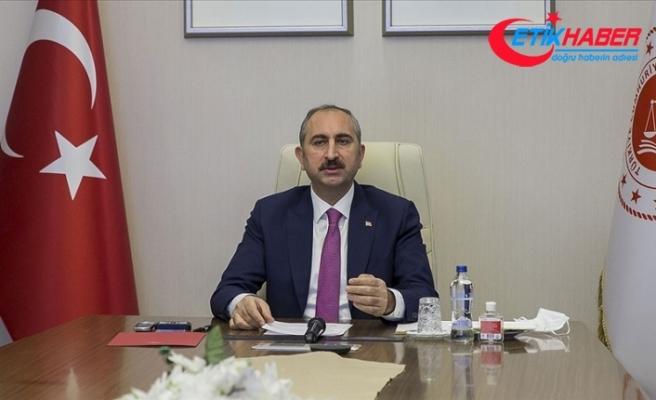 Bakan Gül: Bu ülkenin bekasını korumak demokrasiye saygıdan, hukuka bağlılıktan geçer