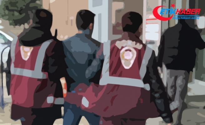 Bitlis merkezli eş zamanlı FETÖ operasyonu: 10'u asker 17 gözaltı