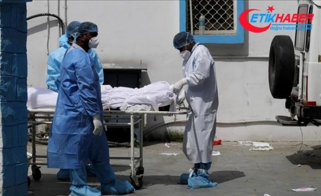 """Hindistan'da hastanelerde """"oksijen"""" krizi: 20 korona hastası öldü"""