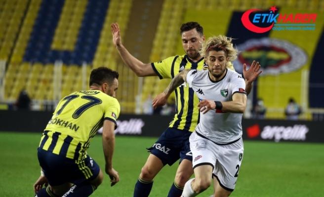 Fenerbahçe sahasında karşılaştığı Denizlispor'u 1-0 mağlup etti