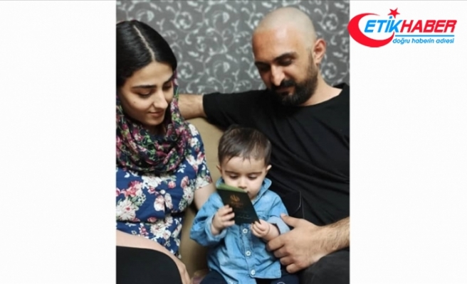 İran'da Azerbaycan Türkü aile, bebekleri için Türkçe isim yazılı kimlik mücadelesini 9 ay sonra kazandı