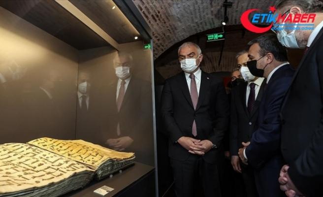 Kültür ve Turizm Bakanı Ersoy 'İnanç ve Sanat' sergisinin açılışına katıldı