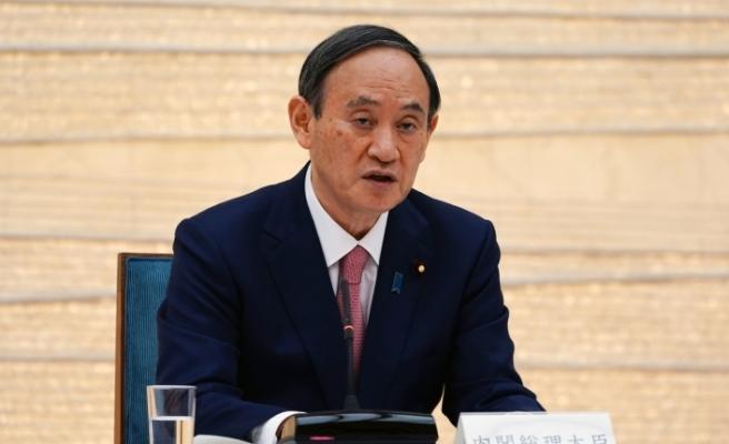 Japonya Başbakanı Suga kamuoyundan özür diledi