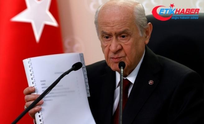 """MHP Lideri Bahçeli'den """"Cumhuriyet'in 100. Yılında 100 Maddelik Yeni Anayasa"""" önerisi"""