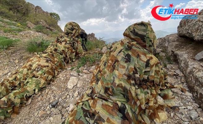 Milli Savunma Bakanı Akar: Pençe-Şimşek ve Pençe-Yıldırım operasyonlarında 113 terörist etkisiz hale getirildi