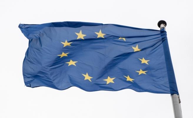 Avrupa Parlamentosu'ndan Covid-19 aşılarında fikri mülkiyetin kaldırılması çağrısı