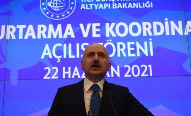 """Bakan Karaismailoğlu: """"Dünyanın her noktasında Türk denizciliği ve Türk havacılığına hizmet veriyoruz"""""""