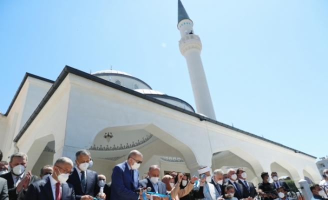 Cumhurbaşkanı Erdoğan, Burhaniye Şehriban Hatun Camii'nin açılışında konuştu: