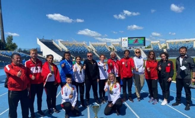 Özel Sporcular Kadın Para Atletizm Milli Takımı, Dünya Şampiyonu