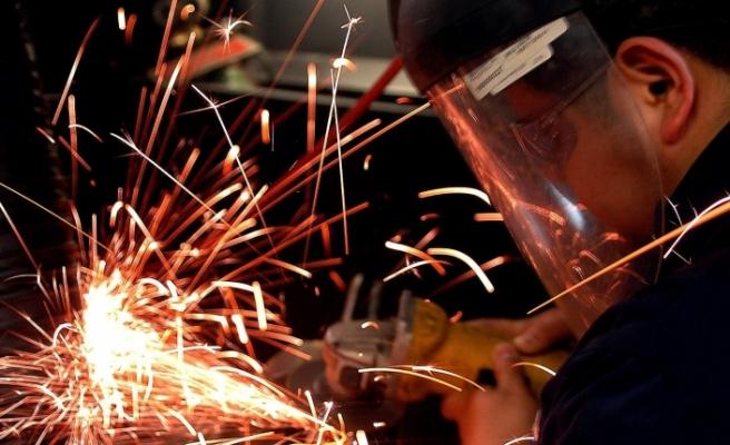 Sanayi üretimi aylık yüzde 0,9 azaldı