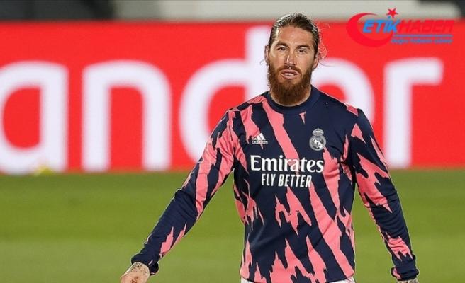Sergio Ramos, gözyaşları içinde ve polemikle Real Madrid'den ayrıldı