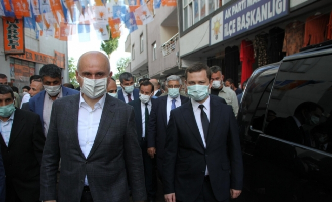 Ulaştırma Bakanı Karaismailoğlu, Malazgirt'i ziyaret etti