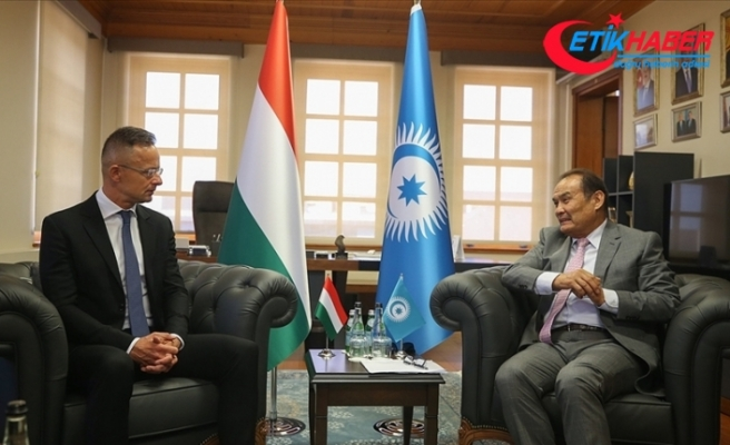 Macaristan Dışişleri Bakanı Szijjarto'ndan Türk Konseyi'ne ziyaret