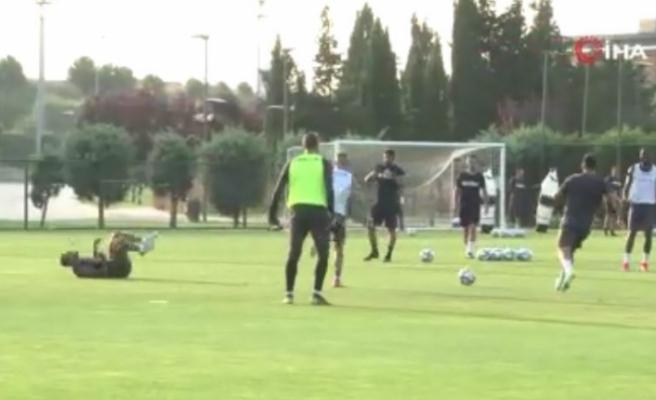 Trabzonspor'da Ekuban takıma katıldı, Faruk Can Genç korkuttu