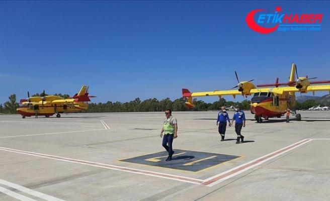İspanya'nın Türkiye'deki yangınlarla mücadele için gönderdiği 2 yangın söndürme uçağı Dalaman'a ulaştı