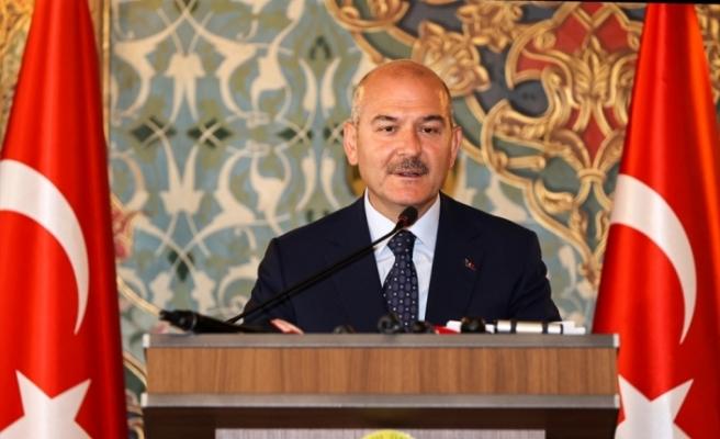 """İçişleri Bakanı Soylu, """"Darbelerle Mücadele Yöntemleri Sempozyumu""""nda konuştu:"""