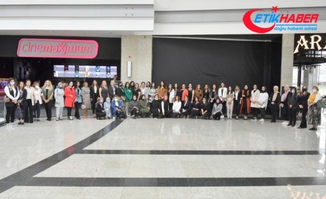 MHP'li Kadınlar Tomris Hatun Filmini izledi