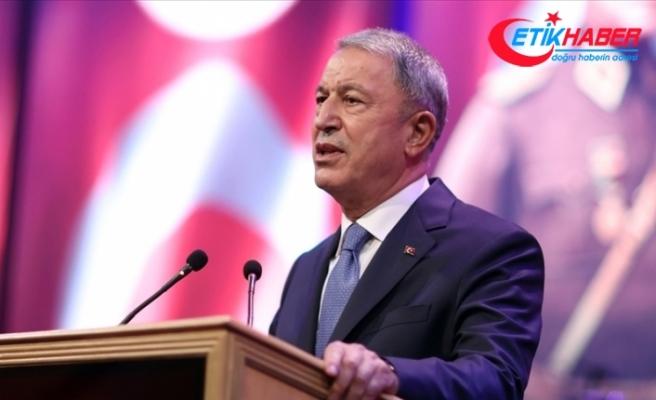 Milli Savunma Bakanı Akar: YPG tam anlamıyla PKK'nın kendisidir