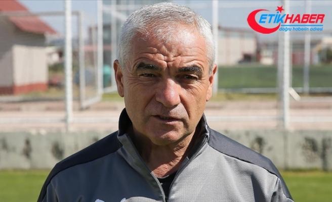 Sivasspor Teknik Direktörü Rıza Çalımbay'dan taraftara aşı çağrısı