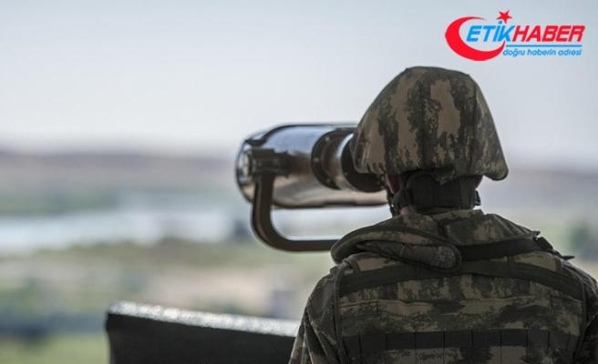 Türkiye'ye yasa dışı yollarla geçmeye çalışan ikisi terör örgütü üyesi 6 kişi yakalandı