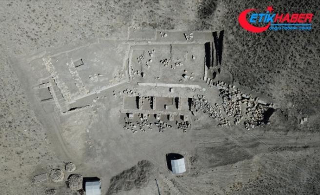 Apameia Antik Kenti'nde Helenistik döneme ait 5 oda bulundu