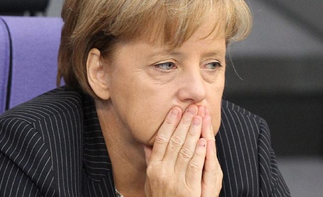 Merkel'den özeleştiri: Sığınmacı krizini uzun süre görmezden geldik