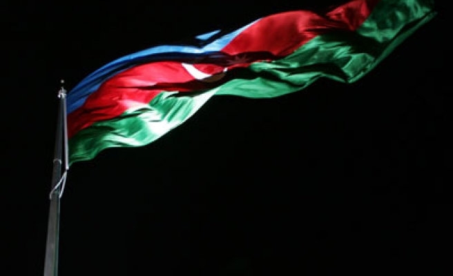 Şehit olan 5 Azerbaycan askerinin cenazesi alındı